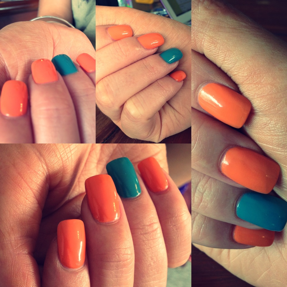 Contrast Nail Design