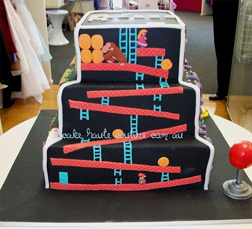 Retro-Video-Games-On-One-Cake-1