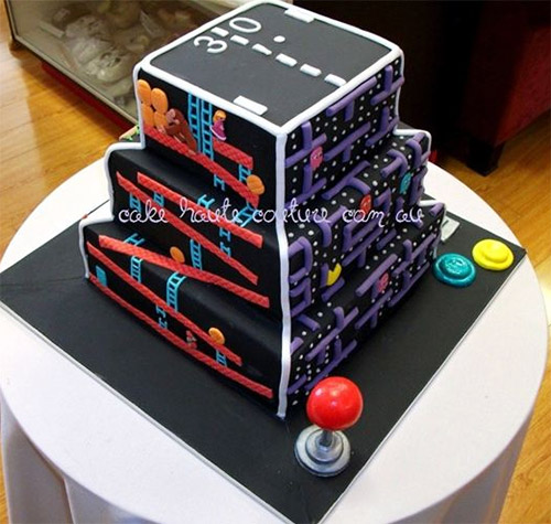 Retro-Video-Games-On-One-Cake